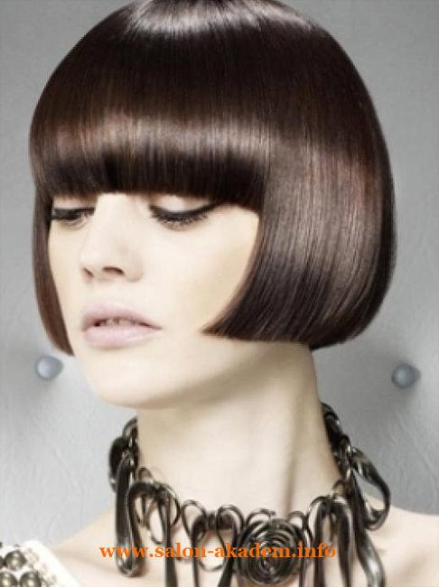 Стрижка боб на пышные волосы фото