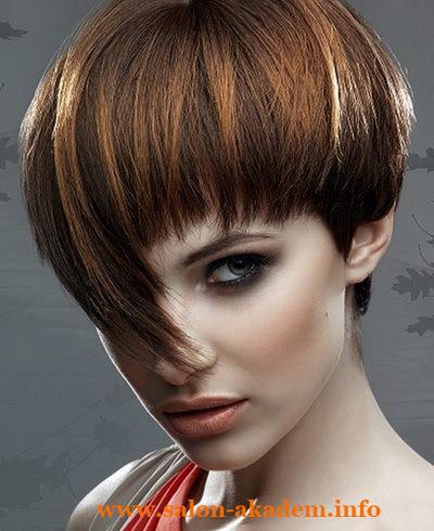 Короткий боб на волнистые волосы