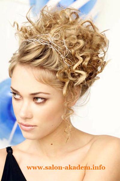 Прически в греческом стиле для средних волос