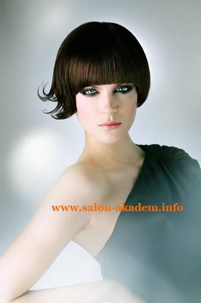Стрижка боб на тонкие волосы средней длины