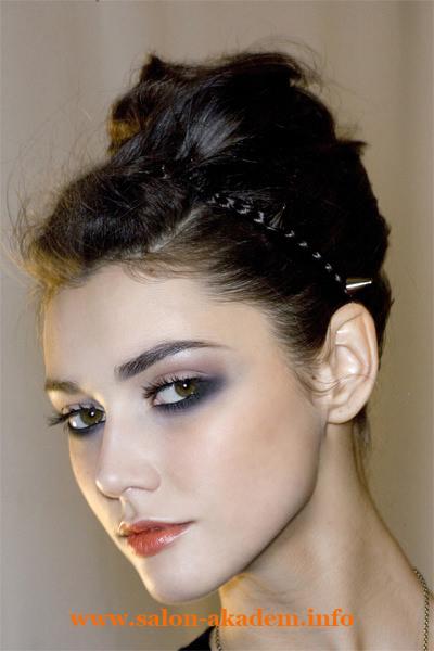 Прическа на длинный волос в греческом стиле