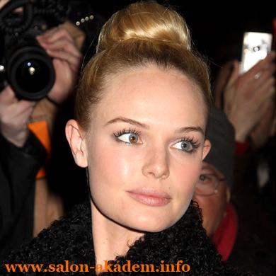 Женская прическа бабетта на средние волосы